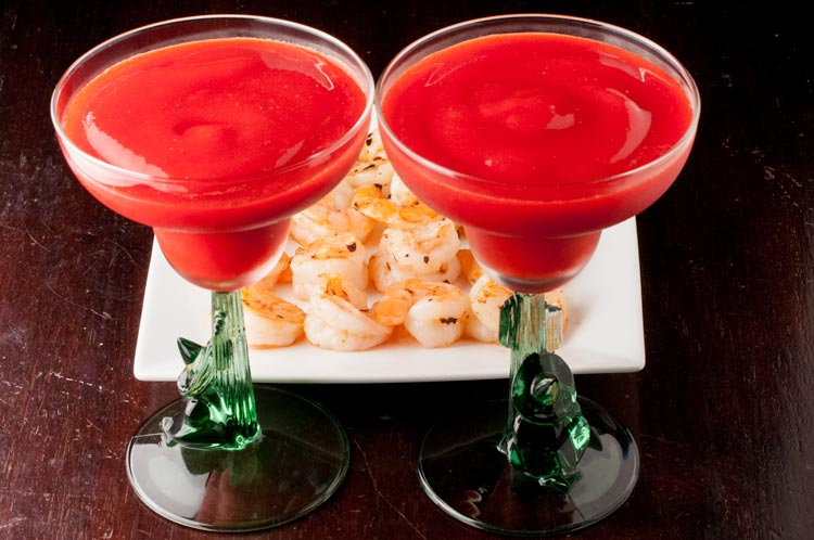 Spicy Garlic Shrimp with Strawberry Daiquiris