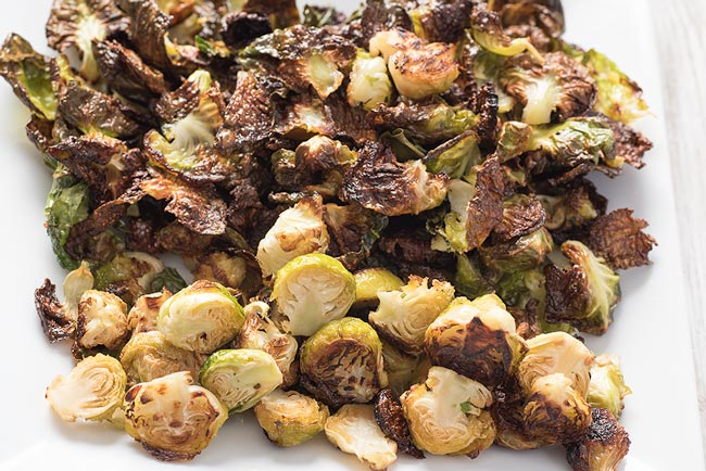 How to make brussel sprouts - crispy oven roasted brussel sprouts