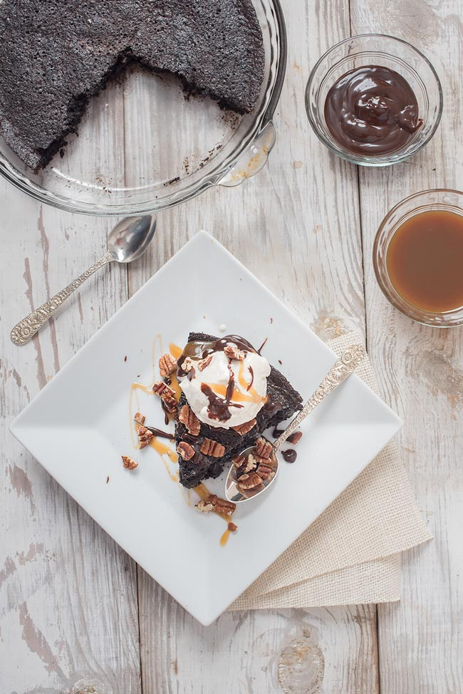 chocolate fudge brownie pie -- a dessert lover's dream, it's like 3 desserts in one!