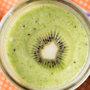 kiwi pear spinach pineapple smoothie recipe