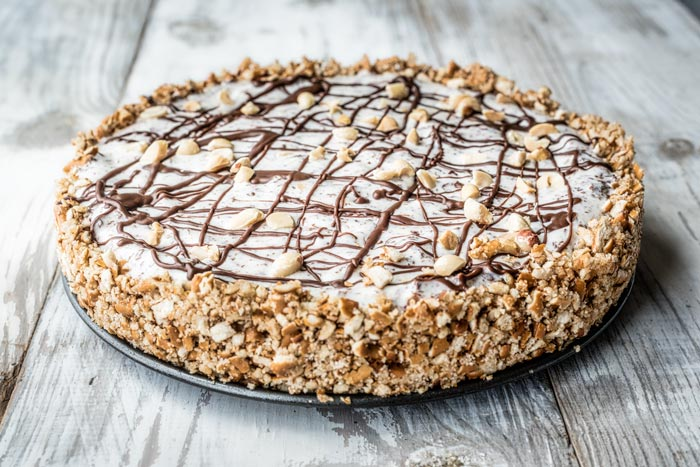 ice cream pie with pretzel crust