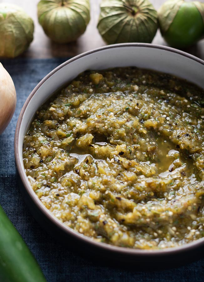 salsa verde with fresh tomatillos